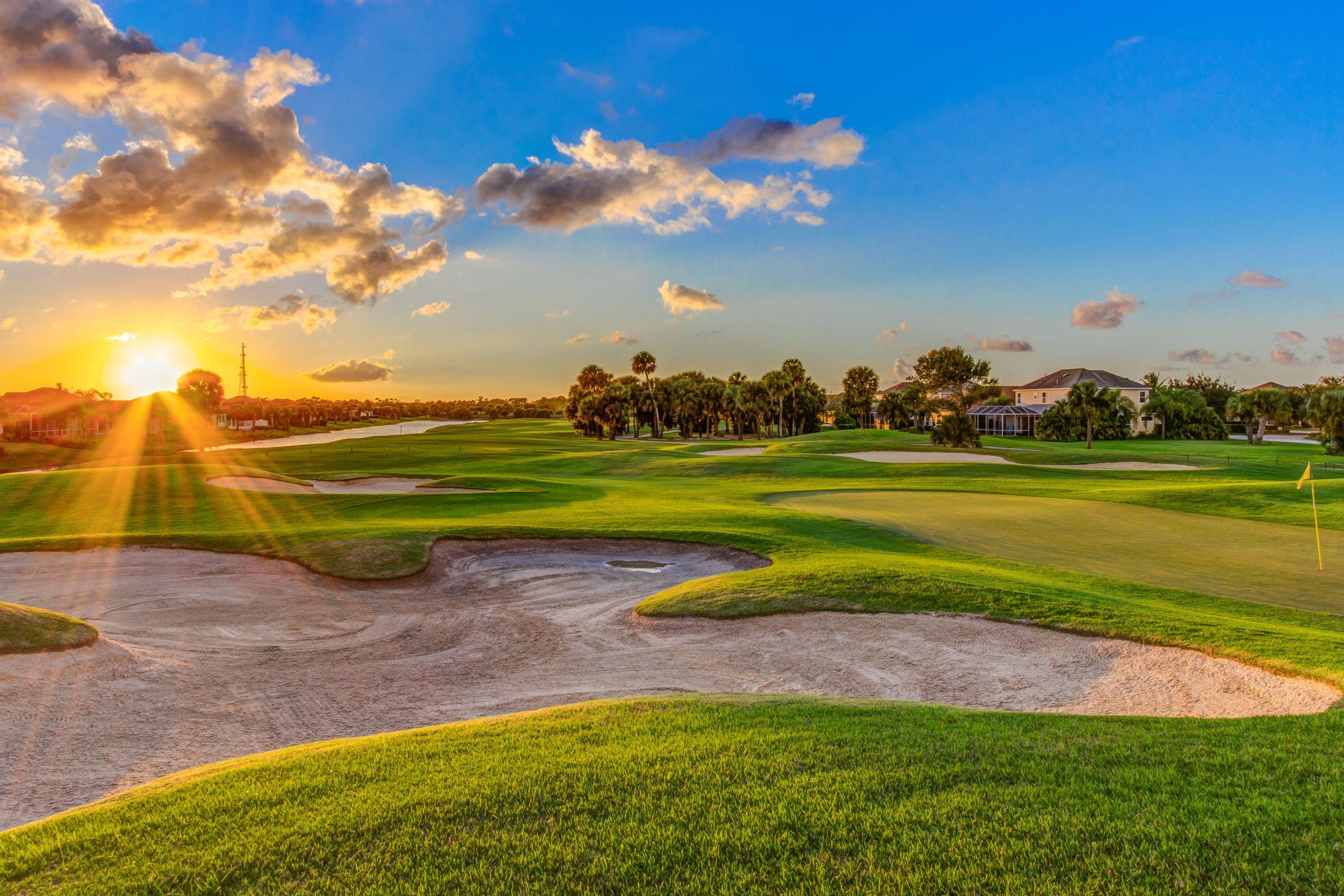Pointe West Golf Course