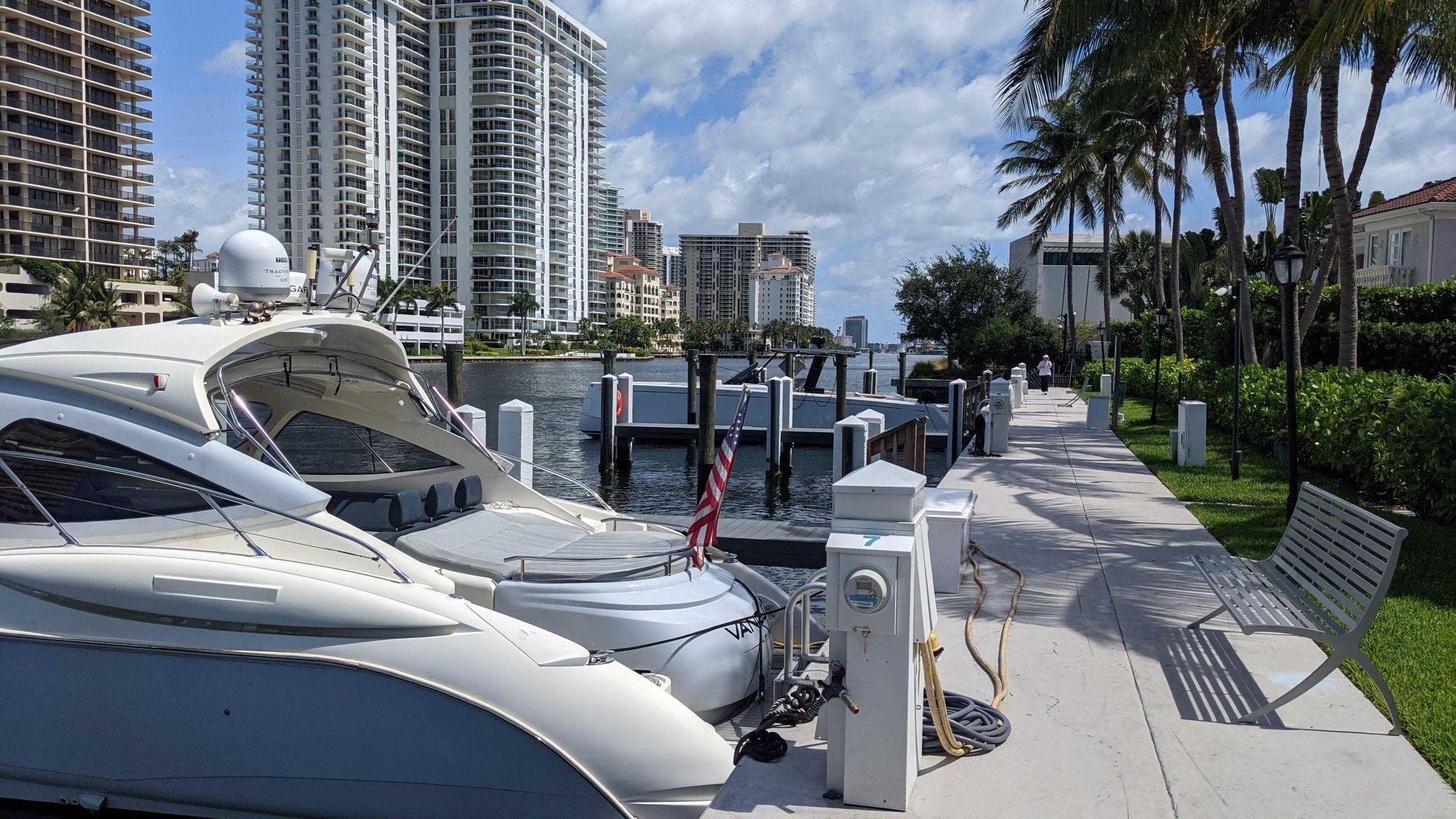 House + dock: Golden Gates Estates. JUST LISTED. $ 2,350,000.