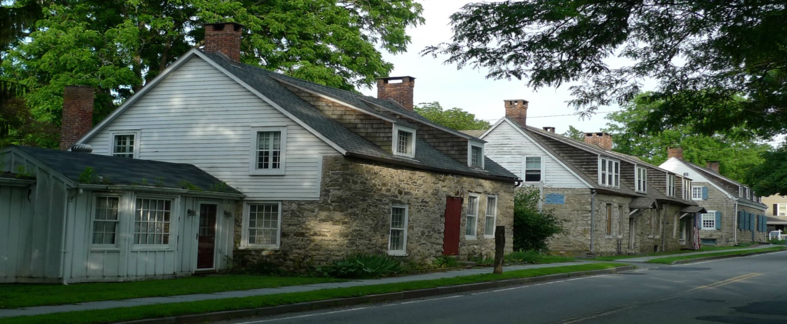 Hurley stonehouses