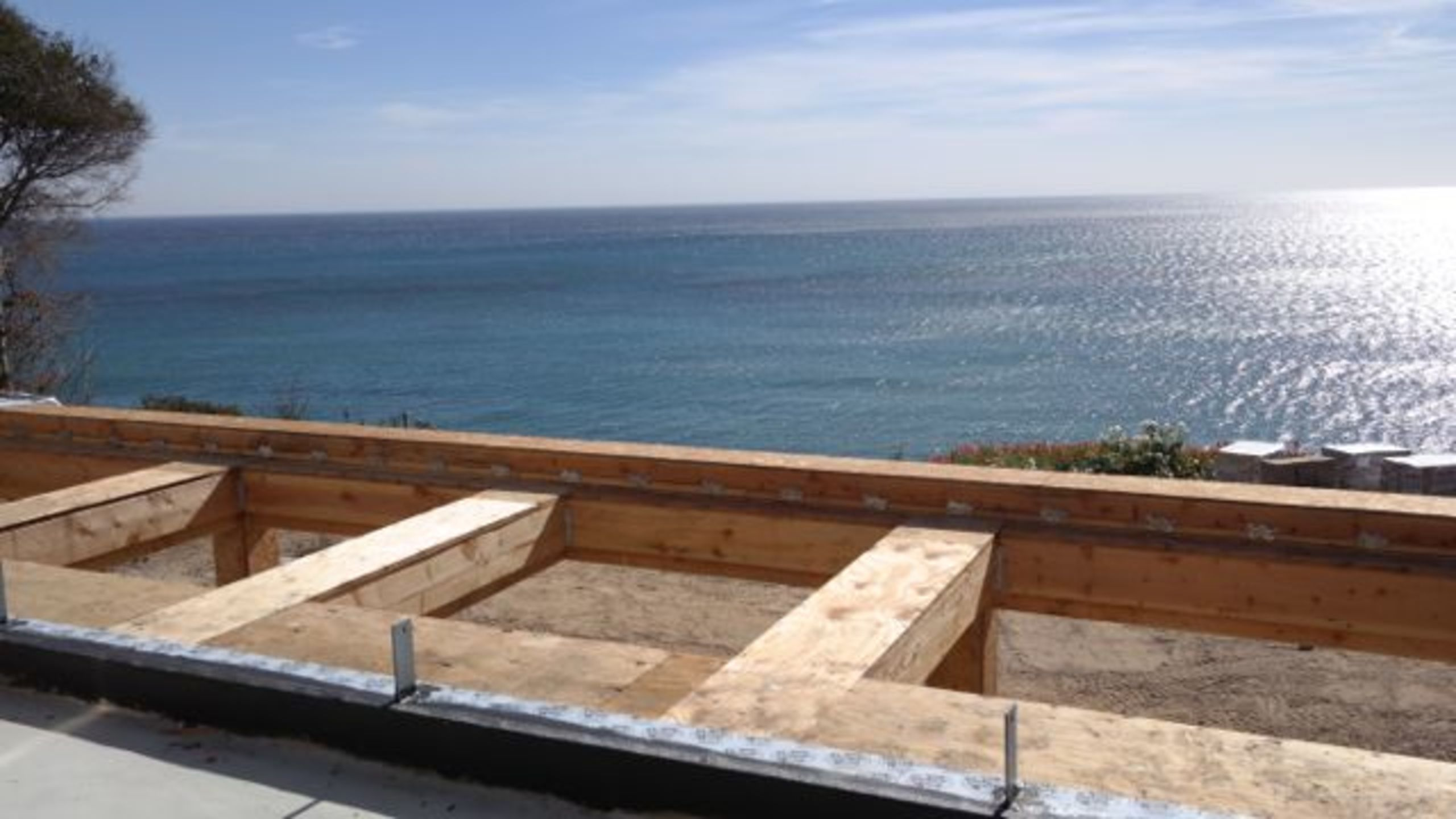 Inspirational views under construction, Malibu