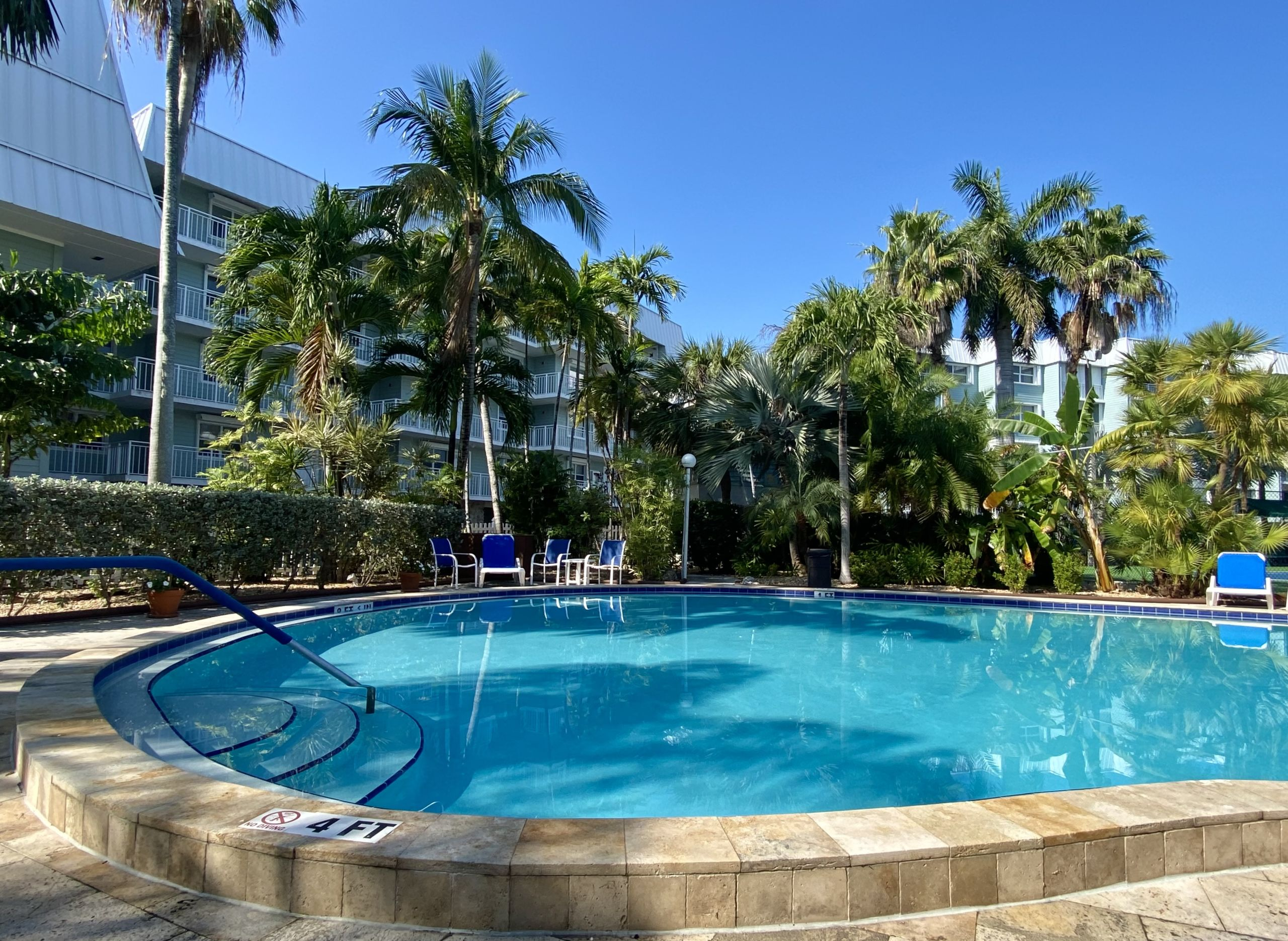 Exceptional Smathers Beach Furnished Condo
