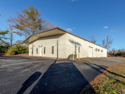 SOLD & LEASED! Warehouse Near Downtown Hendersonville