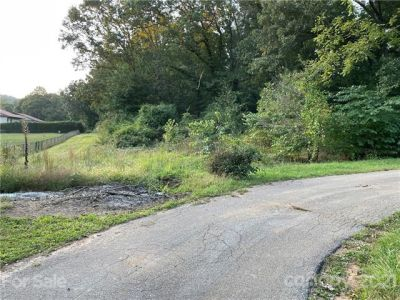 Prime Residential Lots Minutes from Downtown Hendersonville