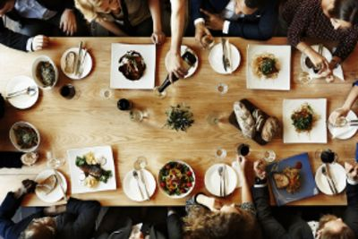 The 6 Best Ways to Make Guests Feel at Home | Craig Dufton
