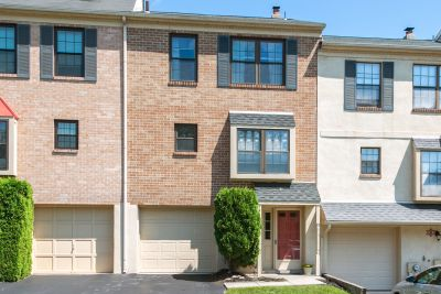 JUST LISTED! 1943 Yorktown S