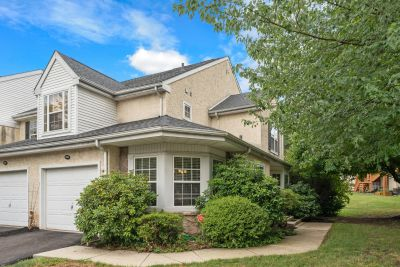 Rare Opportunity To Purchase Complete 1-Floor Living w/Garage In Coventry Pointe!