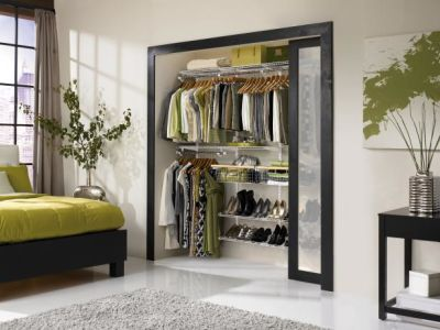 Organize Your Closet in 4 Steps