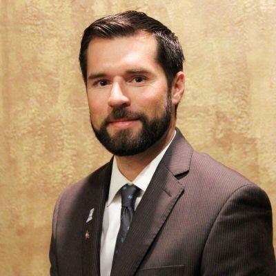 Jeremy De La Garza Broker