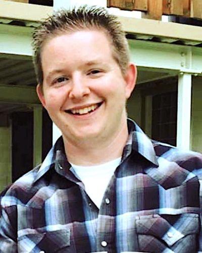 Josh Straka, REALTOR