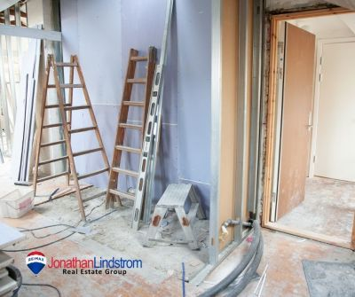 SHOULD I REMODEL MY HOME BEFORE LISTING?
