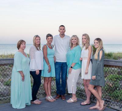 The Island Team - Michelle Finley, Brian Faro, Melissa Mutkoski, Becky Cole, Amber Craft,  & Kendal Canonico