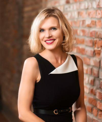 Beth Lugar