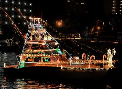 Holiday boat parades and more…let's celebrate!