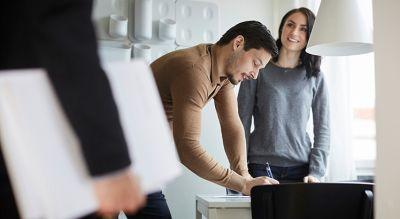 Cómo hacer una oferta ganadora en una casa