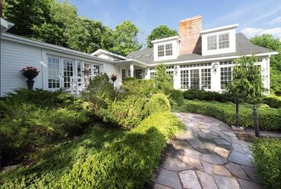 RECENT SALE: Warren, CT $1,835,000 Represented Buyer