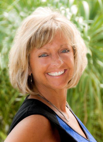 Liz Codola Broker Associate