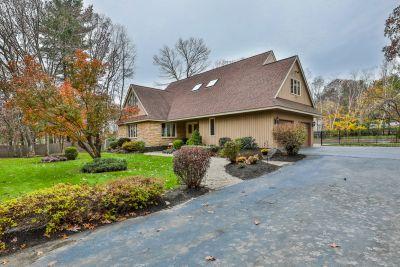 3 Blue Fox Road, Salem, NH Offered at $619,900.