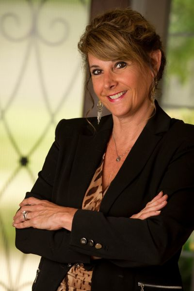 Cindy Lang, The Lang Home Team
