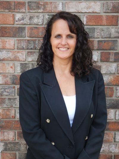 Becky Van Waes - Broker