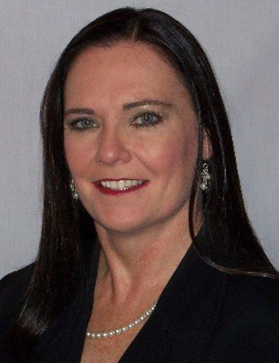 Lorie Barton, Broker/Owner