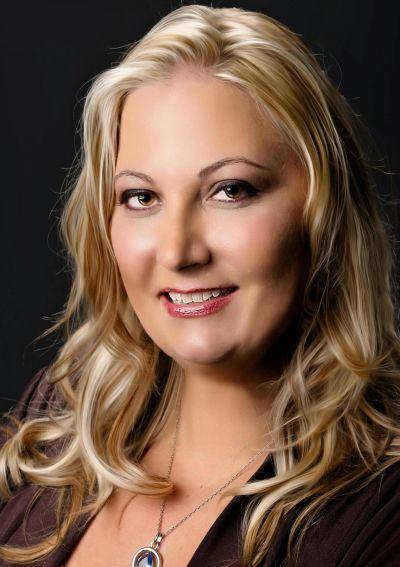 Suzanne Backstrom, Branch Broker