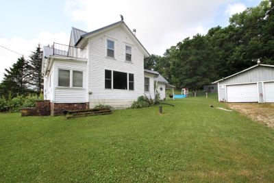 New Listing! S8103 Dale Rd, Town of Honey Creek