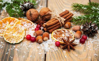 5 Natural Ways to Make Your Home Smell Like Christmas