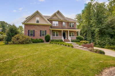 Just Listed! 361 Kapstone Crossing, Lexington