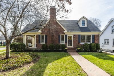 SOLD in Chevy Chase / 40502!