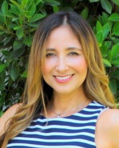 Suzanne Perez, Broker Associate