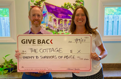 Carey McLaughlin GIVES BACK to The Cottage