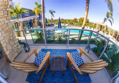 Exclusive Coastal Living Steps to the Beach!