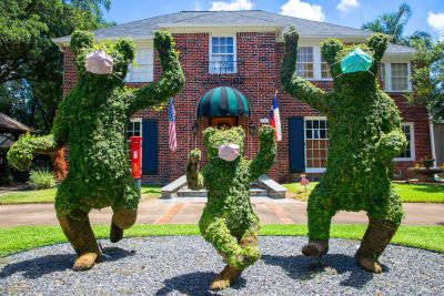 COVID-19 inspires masked-up art and whimsy around Houston