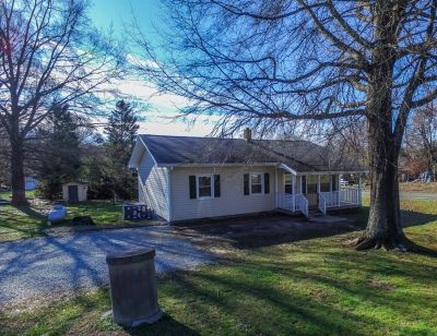 Awesome Rougemont Location & Great Price!