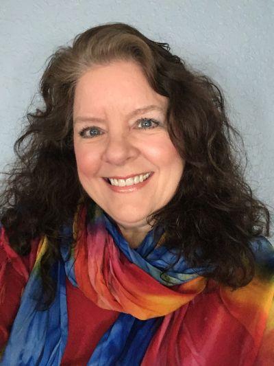 DeAnne Edwards, Principal Broker/Owner