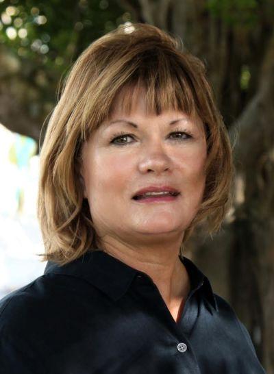 Cindy Furtado