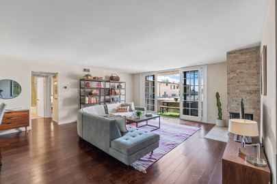 JUST LISTED: Updated Spacious 2 Bed 2 Bath Condo in Sawtelle / West LA
