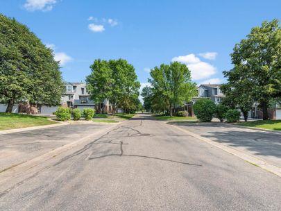 Pilot Knob Estates – Apple Valley, MN