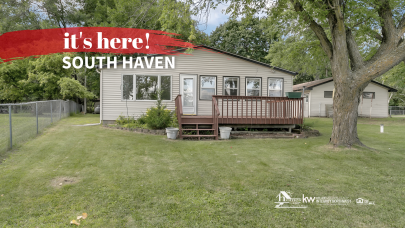 Year-round Lakeshore Living For Sale in South Haven MN