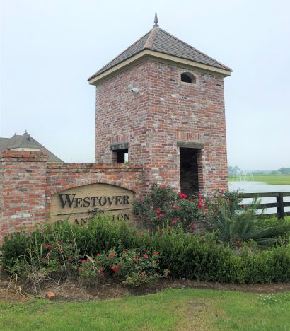 Beautiful one-acre lot in the desirable Westover Plantation.
