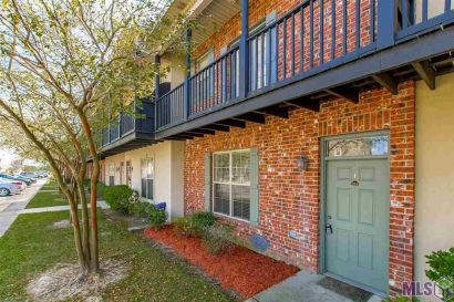 Two bedroom condo for sale at The Lakes at Bluebonnet