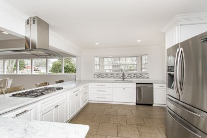 Charming 6 bedroom home on a corner lot in Westminster!