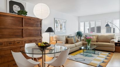 JUST LISTED: Bright + Spacious Condo in Hancock Park / Larchmont Village