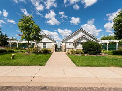 Bailey's Arbor – Woodbury, MN