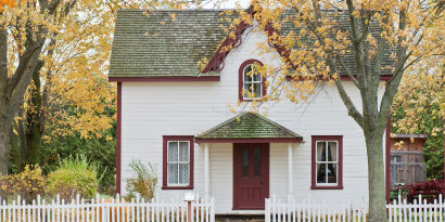 6 Benefits of Owning a Home (and Celebrating National Homeownership Month)