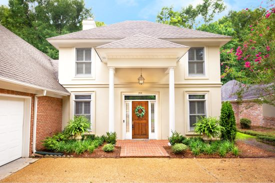 BEAUTIFUL Acadian-Style Home in DINSMOR Park-Like Setting