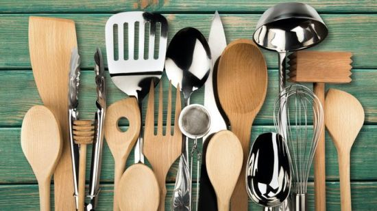 Decluttering for Dummies: 6 Insider Secrets for Corralling Your Kitchen Utensil Collection
