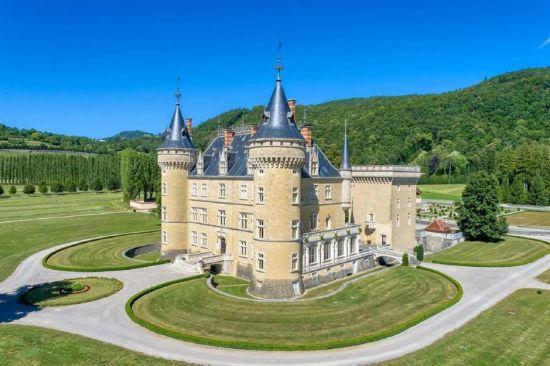 Fairytale Castles You Can Actually Buy