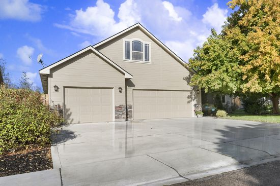 Just Listed in Fiddler's Glen! 5701 S Guitar Place, Boise ID 83709