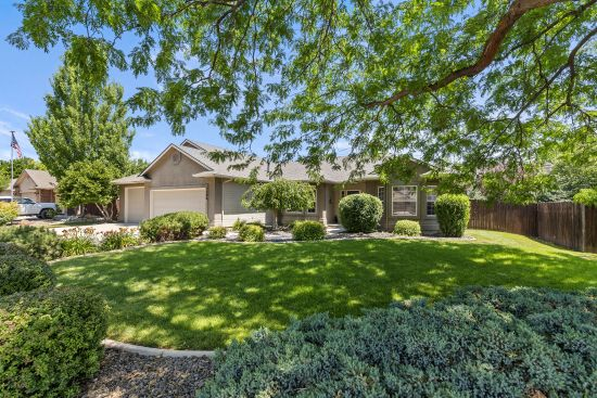 A Great Eagle Idaho Home for Sale in Desirable Community! Now Sold!
